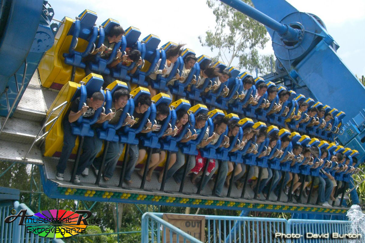 Dreamworld's Hurricane Top Spin. Bangkok, Thailand - Amusement ...